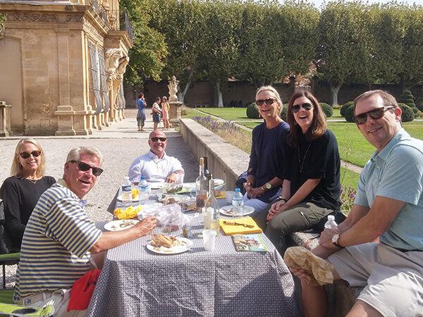 Pique nique dans un parc à Aix en Provence